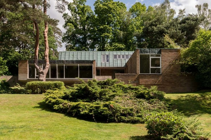 The home of the architect Leslie Gooday (1921-2013) at Weybridge, Surrey. Designed by the architect in 1962, completed in 1967