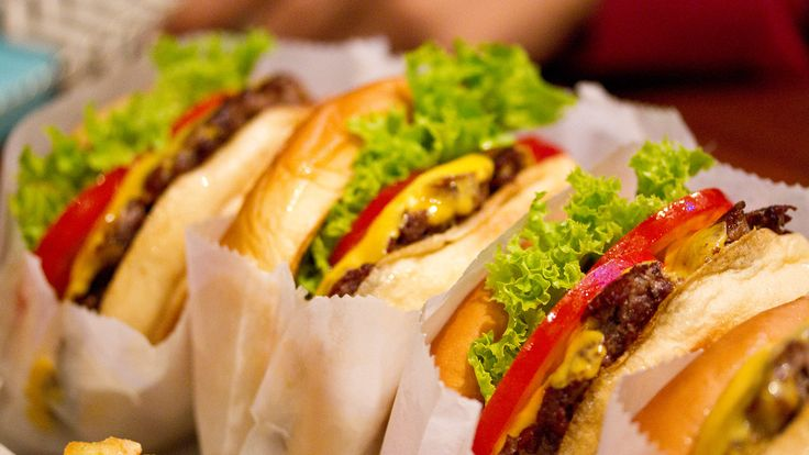 Shake Shack Is Giving Away Free Burgers #angelsfoodparadise