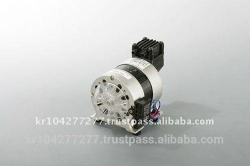 """oil free mini air compressor 4 bar, portable vacuum pump -580mmHg, Oilless small air compressor piston type 2 head"""