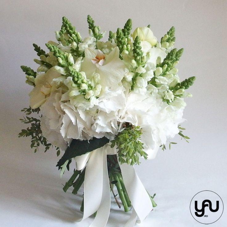 Buchet cu flori albe - hortensie anthirrinium orhidee _ yau concept _ elena toader (3)
