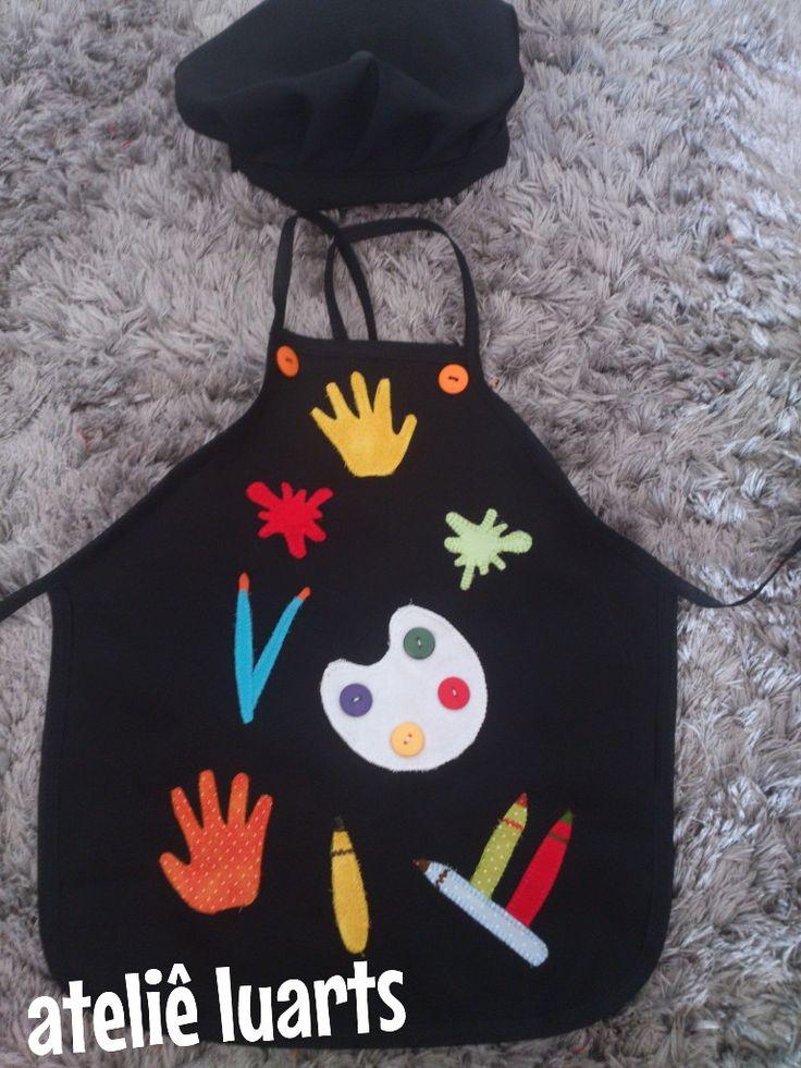 "Kit avental + chapéu infantil no tema "" Pintando o sete """