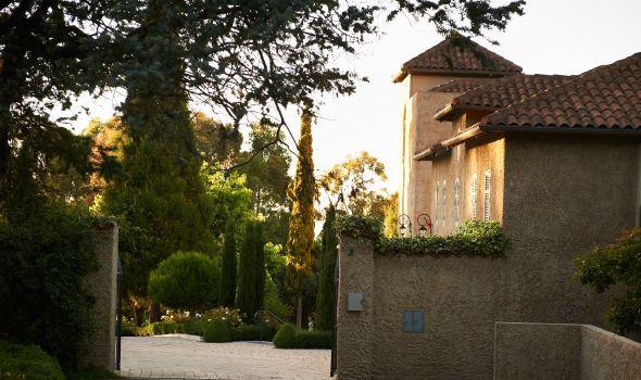 Luxury Hotels Hobart - Boutique Accommodation   Villa Howden