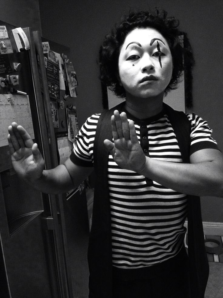 Black n white mime face painting