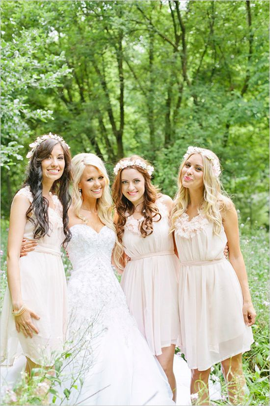 light pink bridesmaid dresses. Ok I love the dresses and the flower