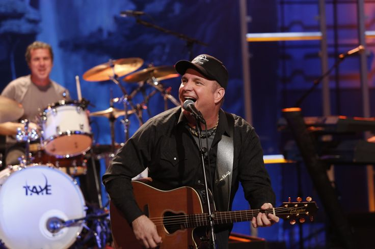 Garth Brooks Releases New Song, New Tour Dates