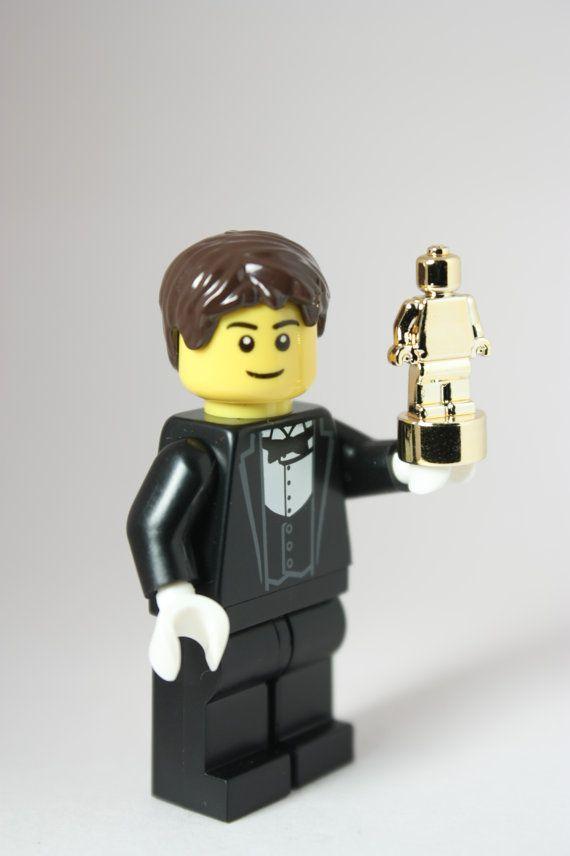Actor receiving Lego Awards