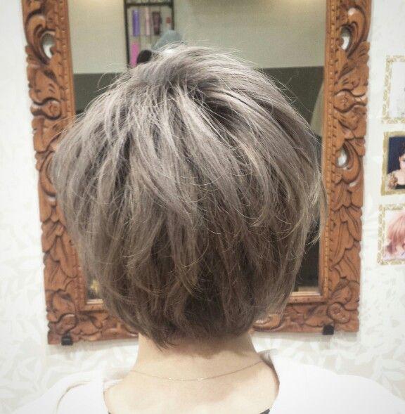 #shorthair  #hairstyles  #Haircolor  #ash #gray #lowlights #whityash #ショートヘアー #ブリーチonカラー  #グラデーション #根本暗め #ローライト #Ombre #立体感 #ヘアカラー #grayhair #黄色味撲滅委員会  #Hairsalon #Welina #hitomiyanagida  #myworks #お客様photo #みくちゃん #ありがとう ♥色落ちも楽しみ♥