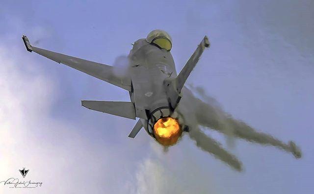 F 16 Viper Demo Usaf Aviones