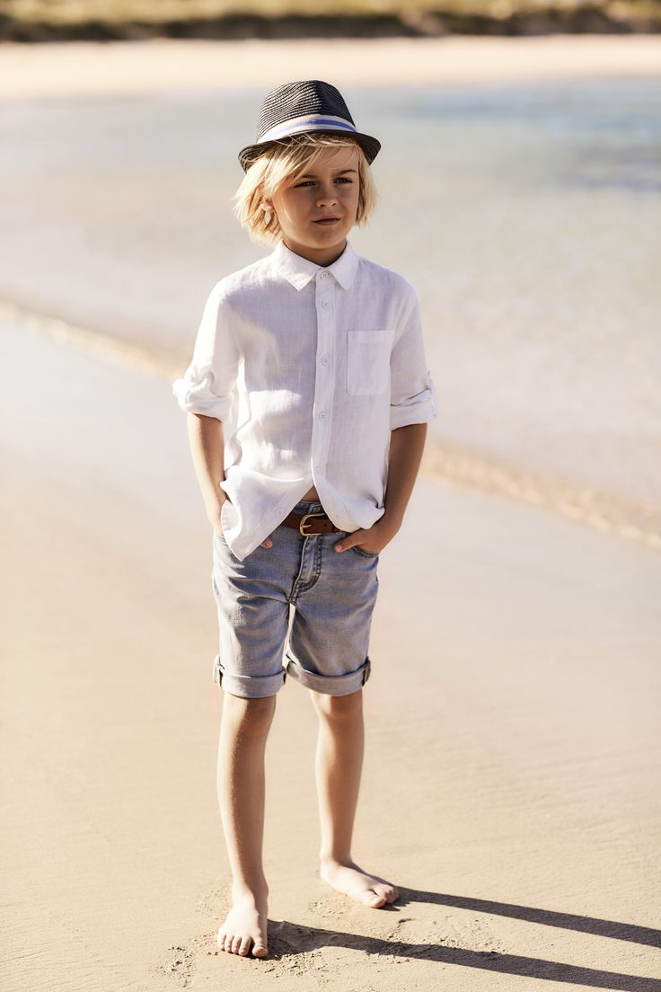 Witchery Boy: a summer wardrobe of seaside hues and simple outfitting is the key.
