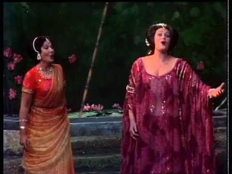 Joan Sutherland & Huguette Tourangeau - Lakme - Flower Duet (1976) - Soooo beautiful!