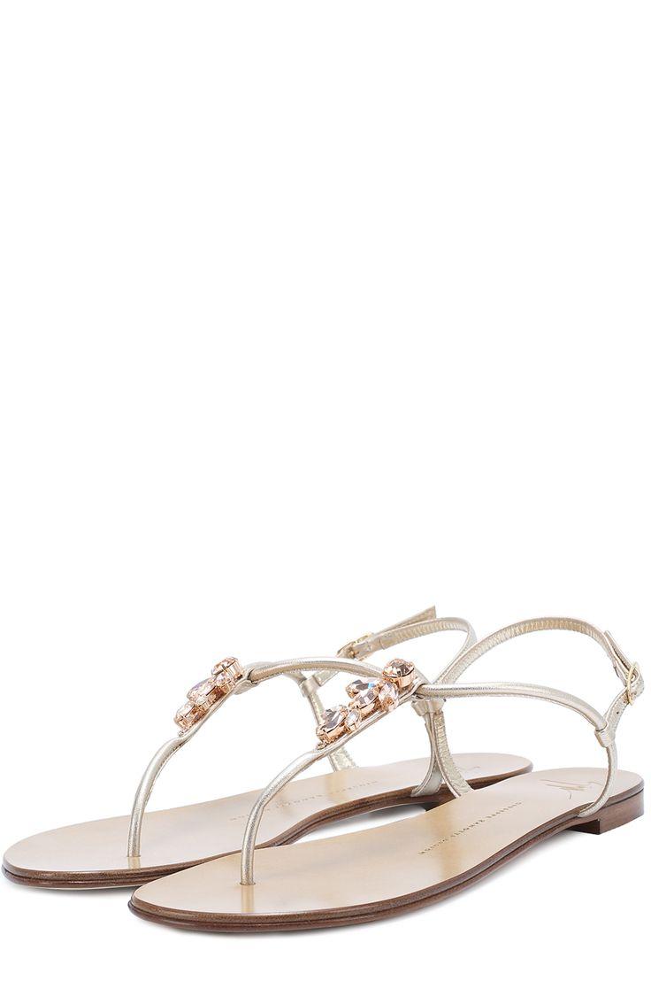 Женские золотые кожаные сандалии с кристаллами Giuseppe Zanotti Design, сезон SS 2017, арт. E70066003/GZ010 купить в ЦУМ | Фото №1