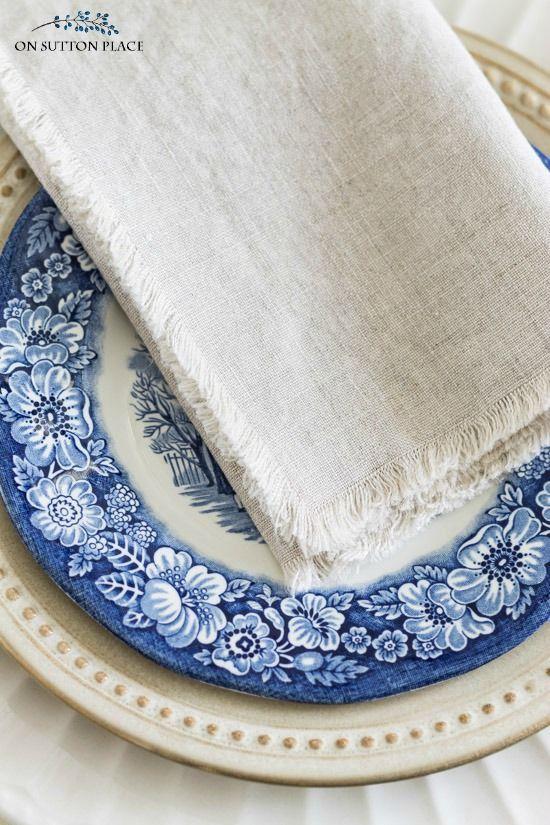 DIY No Sew Linen Napkins: Easy Tutorial | Bloggers\' Best DIY Ideas ...