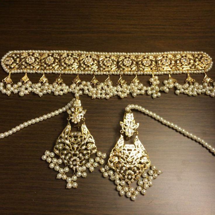 Kundan jewelry set