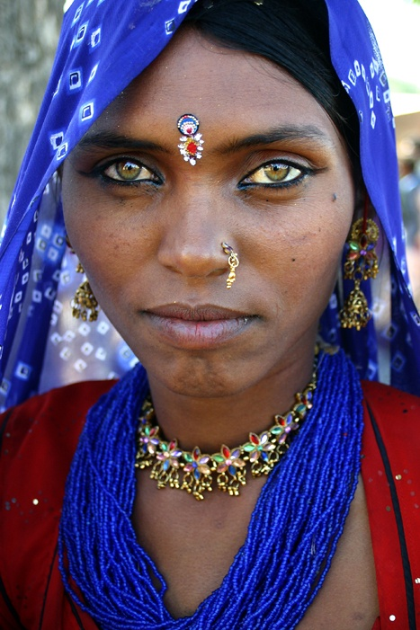 Rajasthan, India. *** Papu, a Bhopa woman from the Thar desert in Rajasthan, India #eyes #india