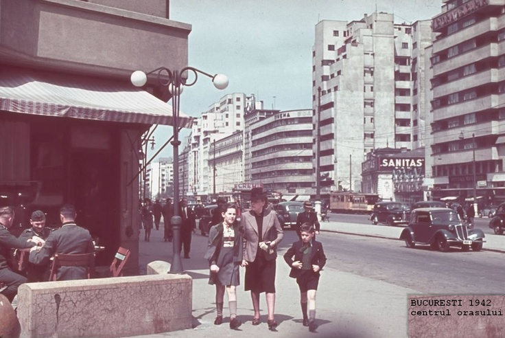 poze poza Bucuresti 1942, centrul orasului, aproape de piata Romana