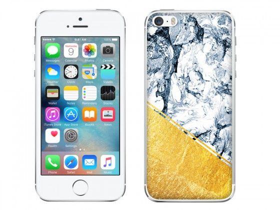 Piękny marmur ze złotą aplikacją w odcieniu chłodnego błękitu. Oryginalny case, który odmieni wygląd Twojego telefonu http://www.etuo.pl/etui-na-telefon-marblegold-blekitny-marmur-ze-zlotya-aplikacja.html