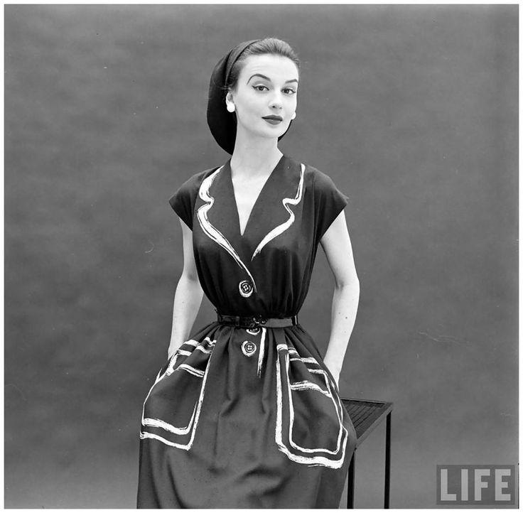 Фото: Гордон Паркс. Платье Hermes из коллекции 1952 года