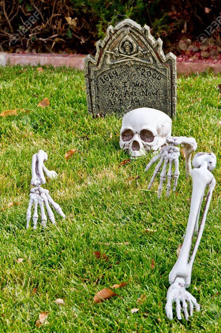 halloween skeleton bones decorations in yard - Skeleton Decorations