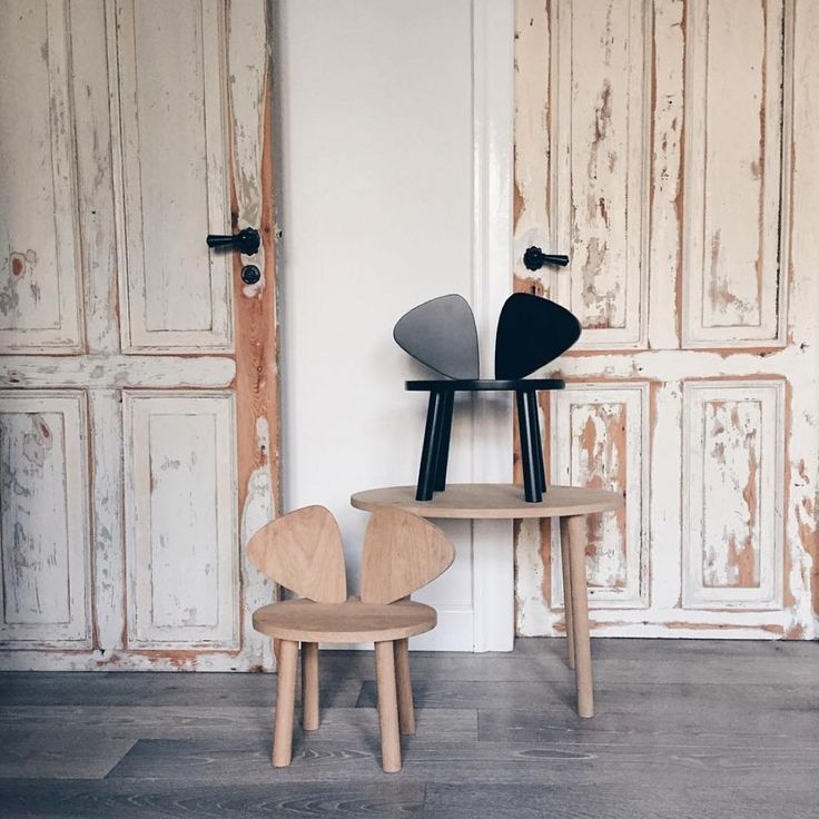 Just the perfect chairs for your mouse.⠀⠀ ⠀⠀ #nofred #mousechair #danishdesign #kidsroom #kidsroominspo #barnerum #barnrumsinspo #barnerom #kinderzimmer #kinderzimmerdeko #kinderzimmerideen #nurseryinspo #swedishdesign #boho #stadtlandkind #linkinbio