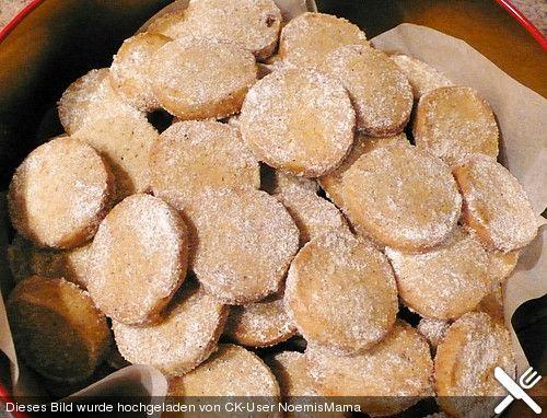 Vanille - Taler, ein schmackhaftes Rezept aus der Kategorie Kekse & Plätzchen. Bewertungen: 14. Durchschnitt: Ø 4,4.