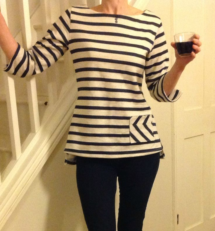 Coco by La Mouette Au Sec - love the pocket, check out the slit sleeve detail too