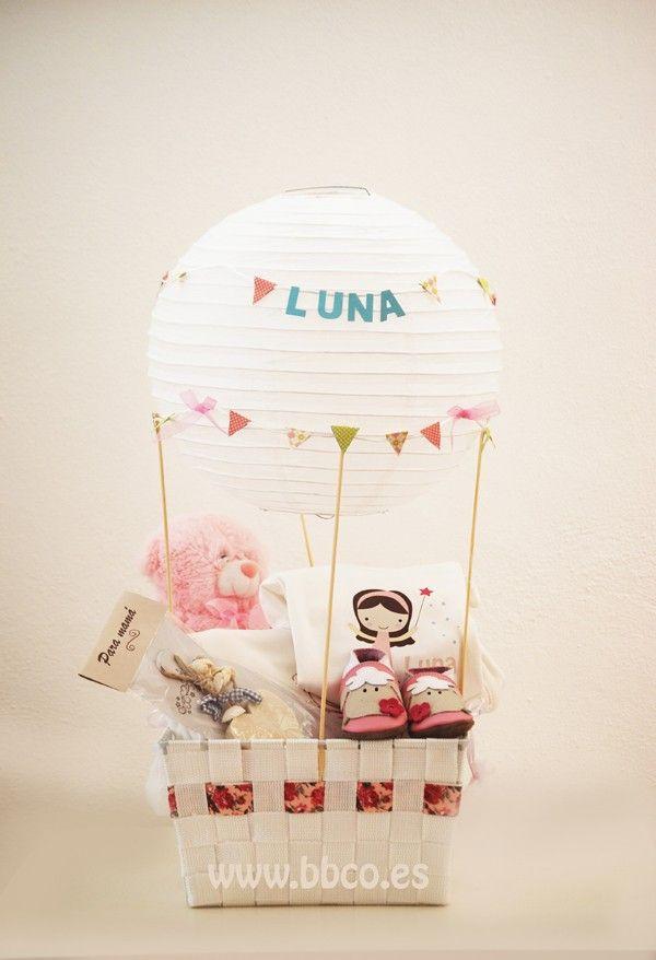 La Canastilla globo es el regalo ideal para el recién nacido