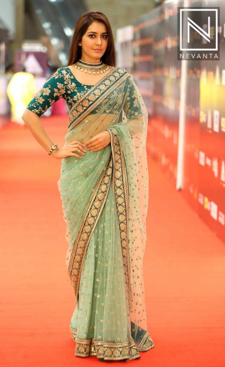 #RaashiKhanna in an embellished #ManishMalhotra saree