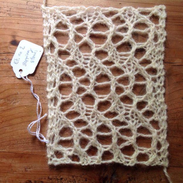 Another beautiful stitch pattern from Naogannet Étude no. 2 - Stepping Stones (free stitch pattern)