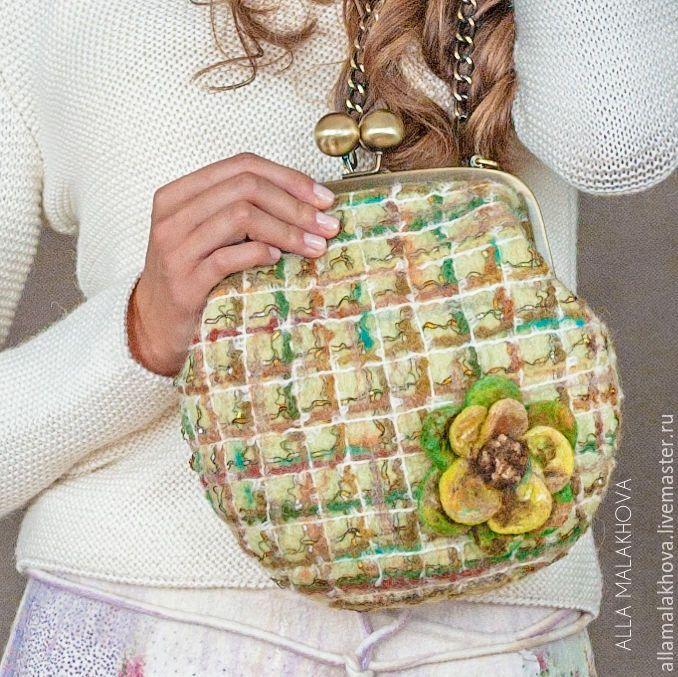 Купить Валяная сумочка-ридикюль Люблю Шанель - зеленый, нежно-зеленый, клетка, шанель, сумка