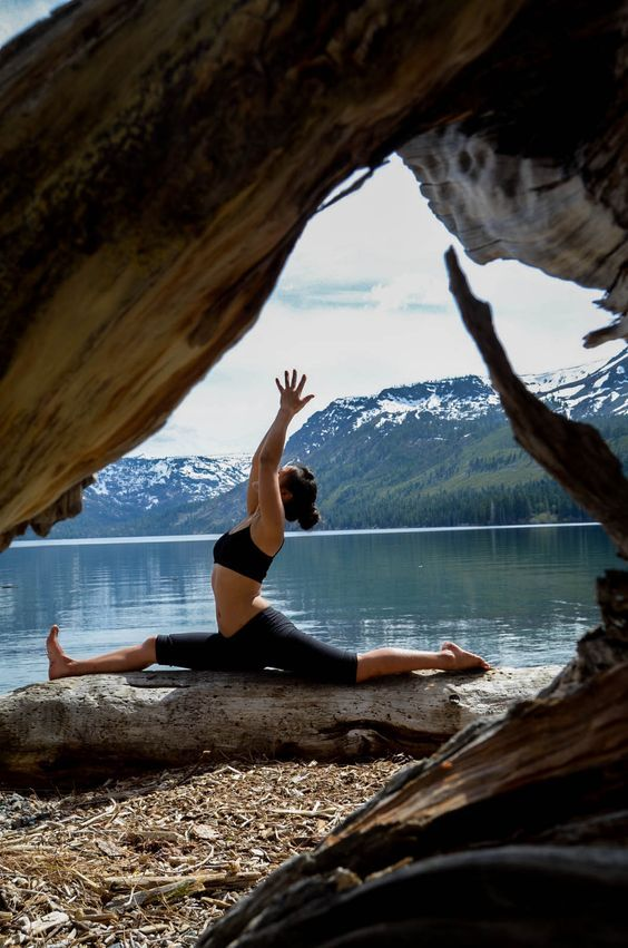 Solo quando la mente è calma può trovare quel flusso ininterrotto di concentrazione che è la meditazione. #yoga