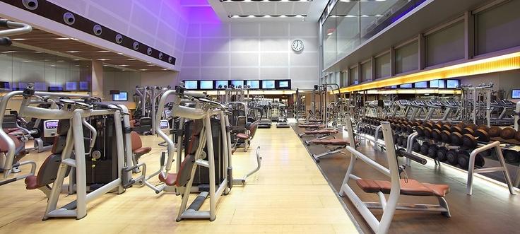 M s de 25 ideas incre bles sobre gimnasio madrid en for Piscina kinepolis
