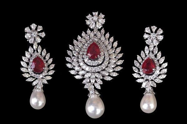 Diamond pendant set by PP Jewellers