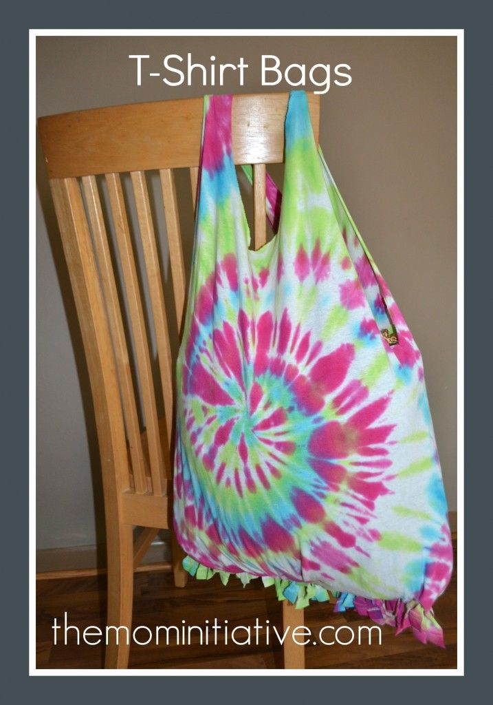 DIY T-Shirt bags to make with your kids! Fun Summer craft.