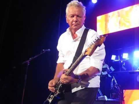 Icehouse - Can't Help Myself - Penrith Panthers - YouTube