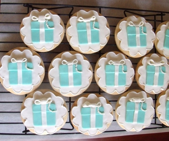 Adorable Tiffany Box cookies...
