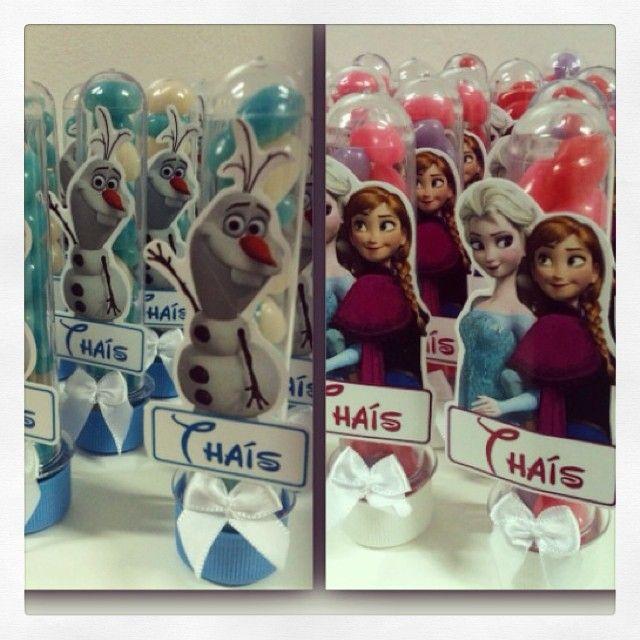 Hoje tem Frozen fã Thaís. Olha que fofura os tubetes....#frozen #lembrancinha #gift #olaf #tubete #loja #ratchimbum #novaodessa