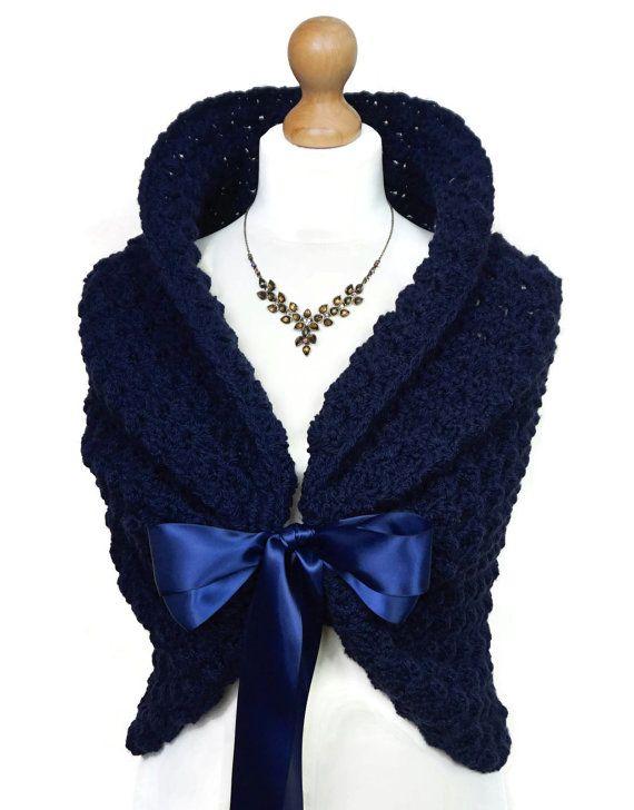 Azul marino del resorte de boda chal Crochet por HandmadeLaremi