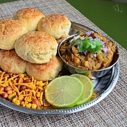 Misal Pav from the bollywood town!