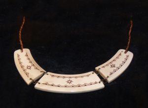 Large necklace garwed in reindeer horn.