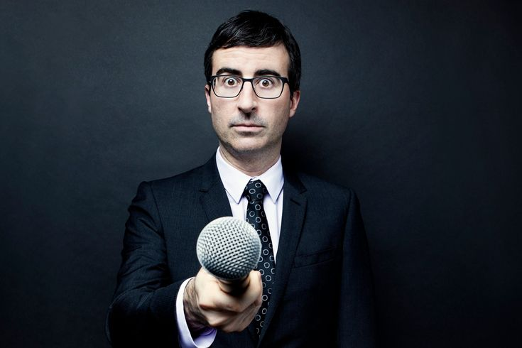 John Oliver on 'Last Week Tonight,' Turning Down CBS, and 'Nauseating' American Politics - The Daily Beast