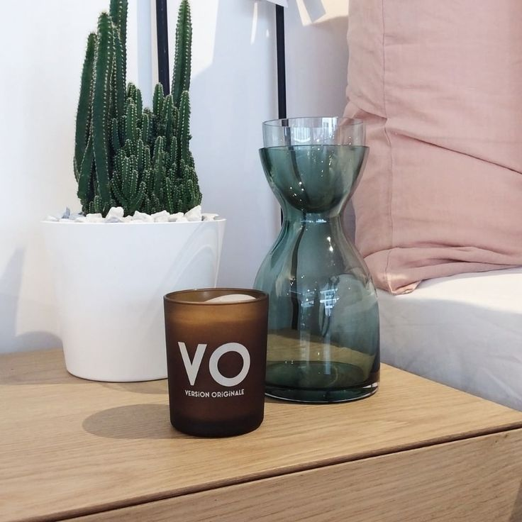 This elegant Version Originale candle is the perfect addition to any bedside table.