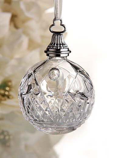 173 best christmas ornaments images on pinterest for Crystal baubles christmas