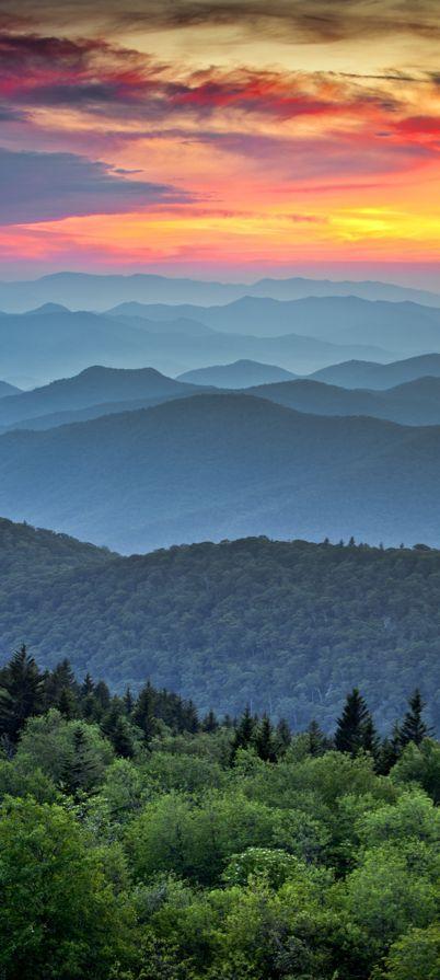 Sunset on the Blue Ridge Parkway in North Carolina • Dave Allen Photography NORTH CAROLINA