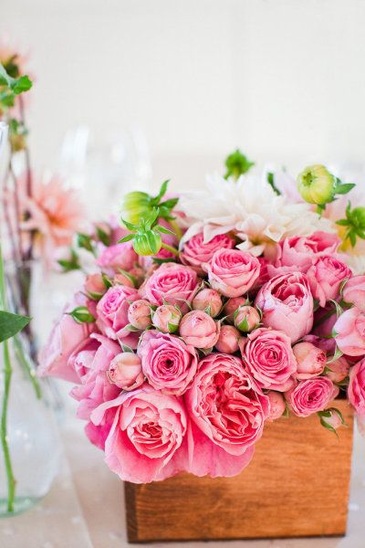 pink roses & dahlias in wooden box