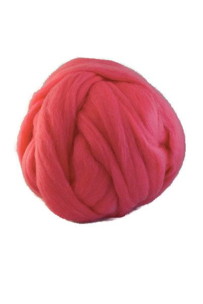 Merino superfine wool roving 19 microns, ,Color: Lipstick