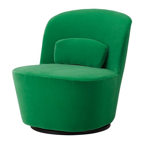Make your living room more merry and bright with the STOCKHOLM swivel chair in green velvet.
