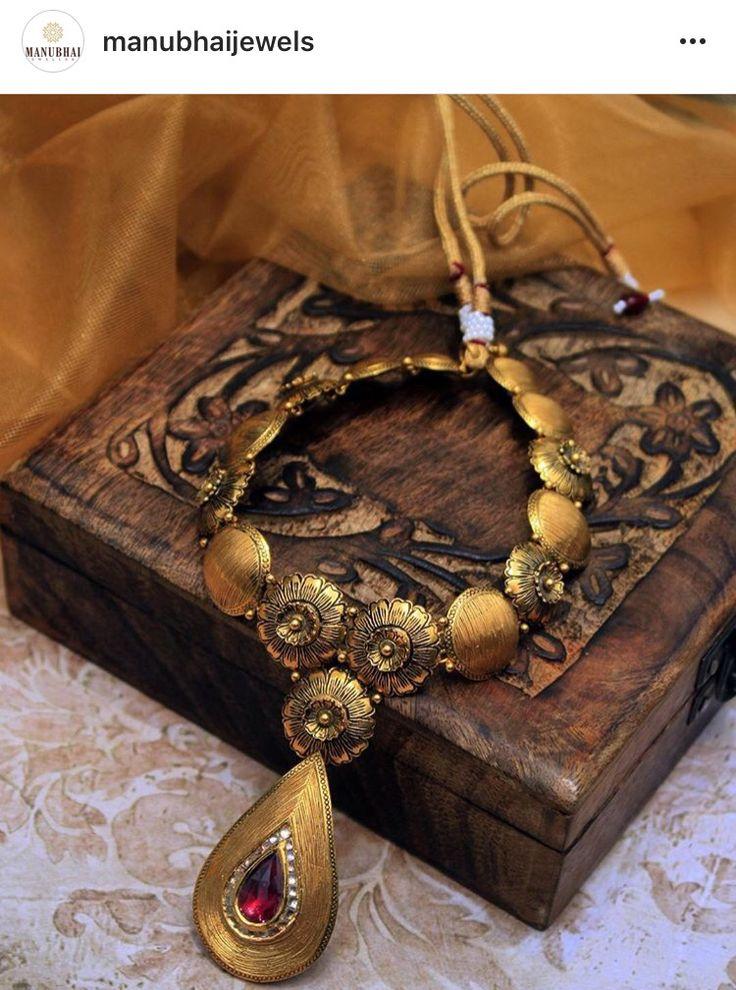 antique gold neck piece