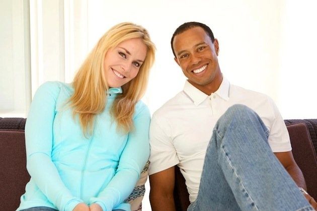 Tiger Woods and Lindsey Vonn make it Facebook official with announcement and photos.