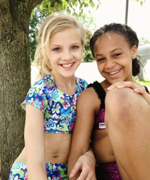 dance moms paige hyland and nia