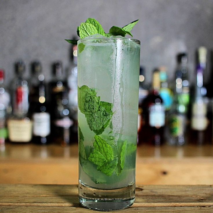 Mojito Cocktail Recipe  Bacardi or Havana Club?  White rum, fresh lime juice, mint and soda